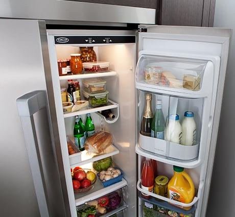 2011-dcs-collection-36-inch-side-by-side-fridge-freezer-open.jpg