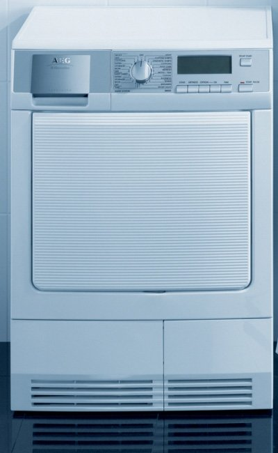 aeg-electrolux-condenser-dryer-t88840-pro-steam.jpg