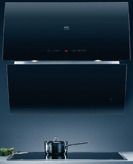 aeg-mirror-cooker-hood.jpg
