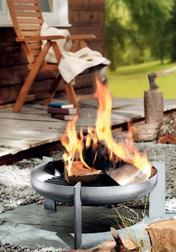 arte-puro-metallmanufaktur-fire-pit-hot-legs.jpg