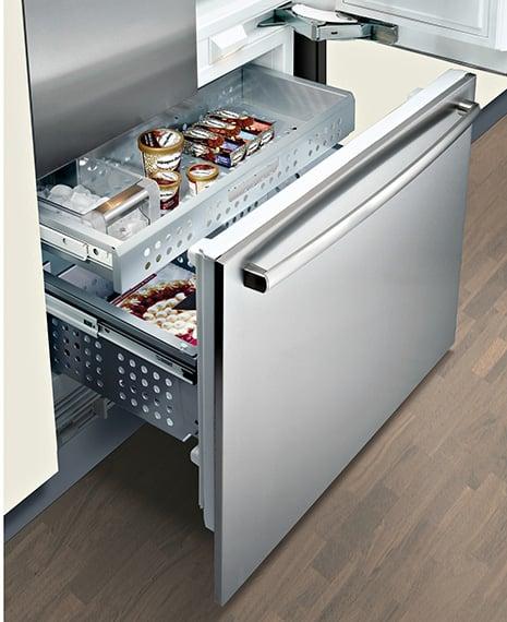 bosch-french-door-refrigerator-freezer-b36it70sns.jpg