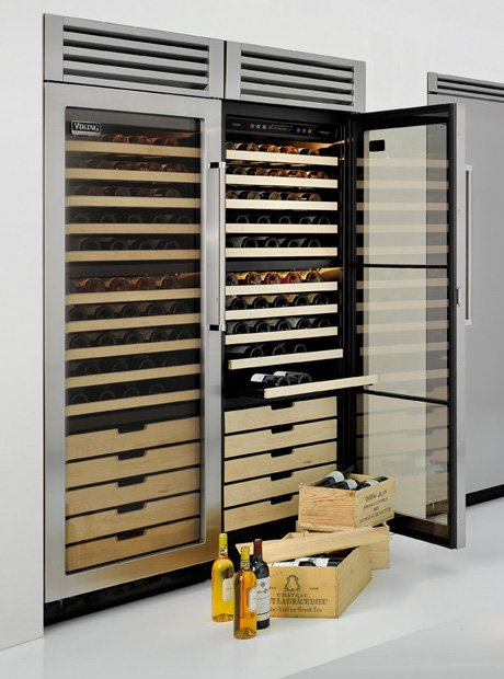 built-in-wine-refrigerator-viking-wine-cellars-evcwb300.jpg