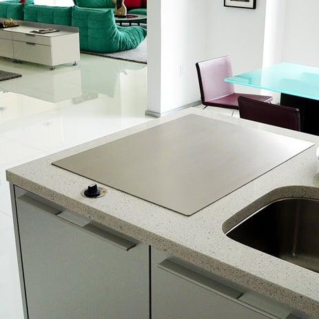 cds-teppanyaki-grill-built-in-cooktop.jpg