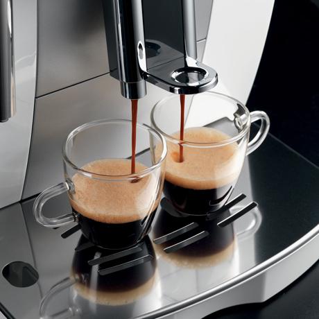 compact-espresso-maker-delonghi-intensa.jpg
