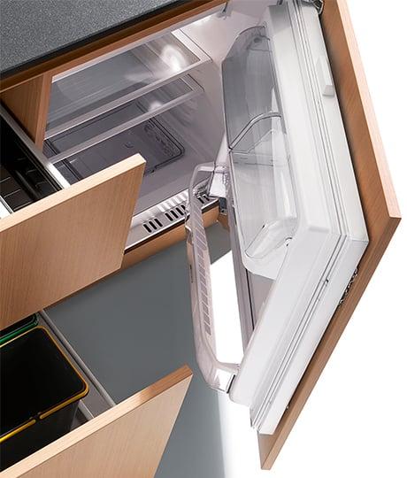 compact-kitchen-kitchoo-k1-fridge.jpg
