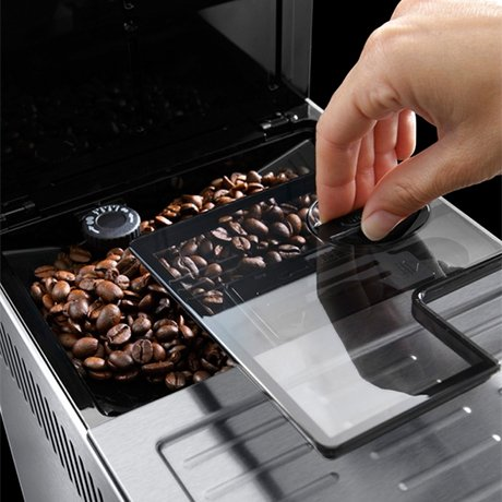 delonghi-primadonna-xs-espresso-machine-coffee-beans.jpg