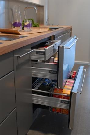 drawer-fridge-norcool.JPG