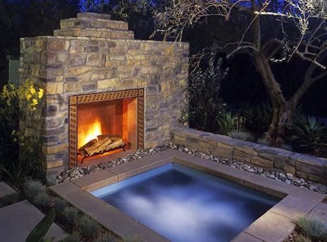 eldorado-stone-fireplace-outdoor.jpg