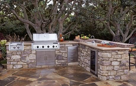 eldorado-stone-outdoor-kitchen.jpg