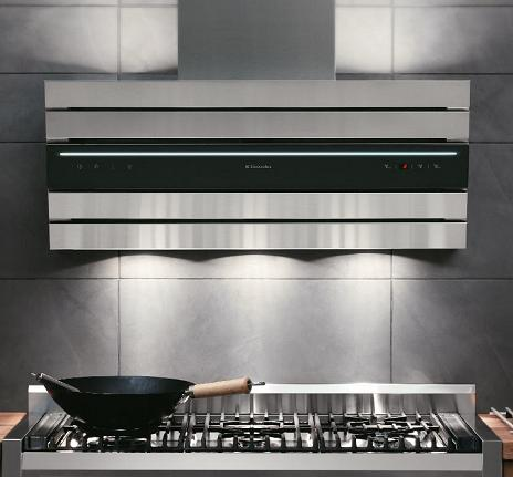 elecrolux-pan-european-design-wall-mounted-hood.JPG