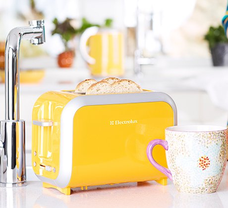 electrolux-go-colour-toaster.jpg
