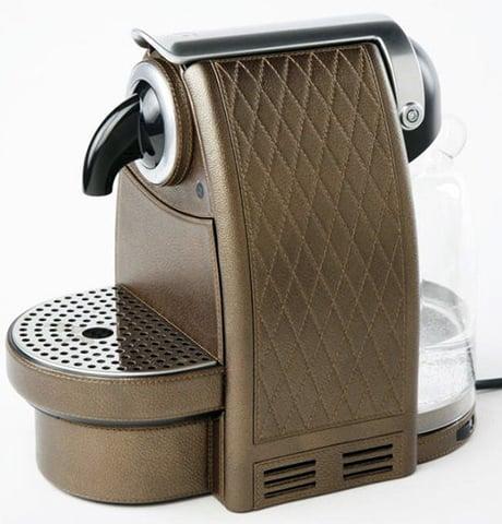 espresso-maker-leather-pigment-france.jpg