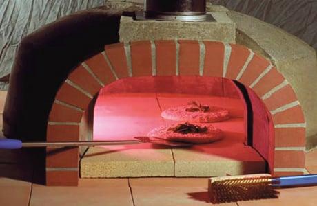 forno-bravo-outdoor-pizza-oven-premio2g-series.jpg