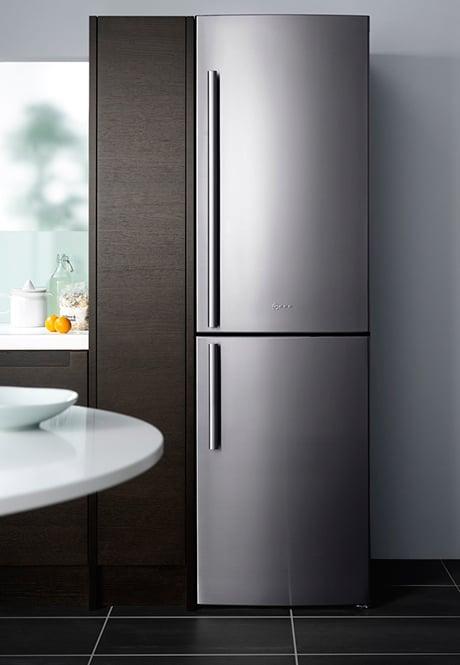 freestanding-fridge-freezer-neff-k5880.jpg