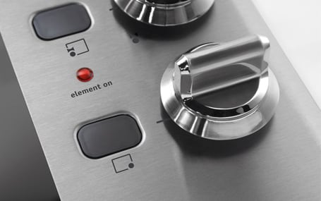 frigidaire-hybrid-induction-cooktop-controls.jpg