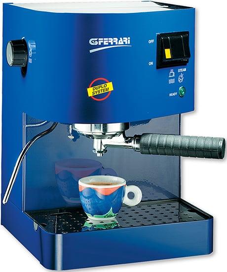 g3ferrari-espresso-machine-lady-c.jpg