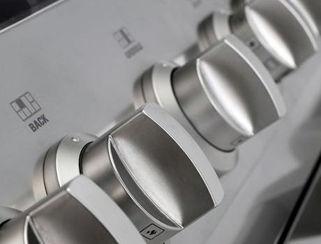 ge-monogram-dual-fuel-range-knobs-90cm.jpg