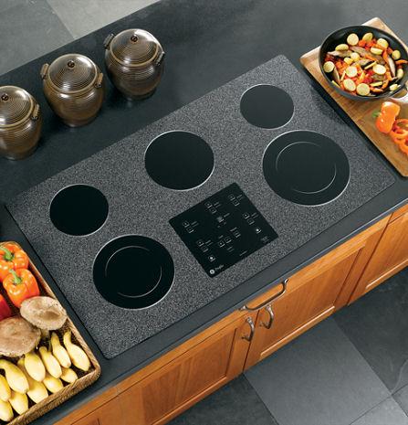 ge-profile-cleandesign-cooktop.jpg