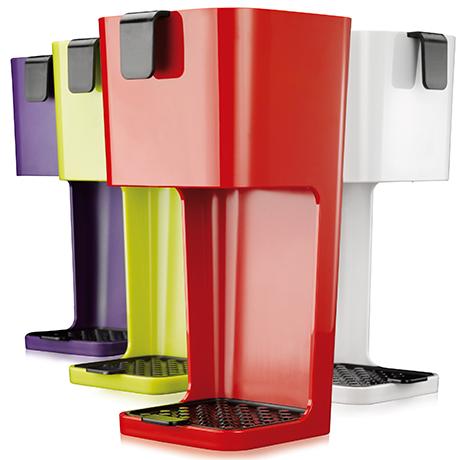 hand-filtered-coffee-unplugged-coffee-maker.jpg