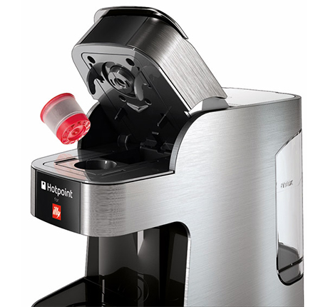 hotpoint-for-illy-espresso-machine-capsule-open.jpg