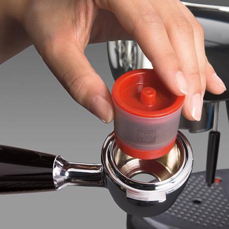 illy-macchina-caffe-capsule-iperespresso-x71.jpg