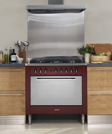 indesit-range-cooker-kp9F11srg-red.jpg