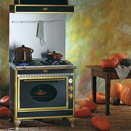jcorradi-90-ge-cascina-stoves.jpg