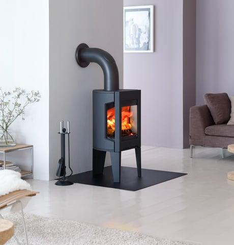 jotul-wood-burning-f-163-small-stove.jpg