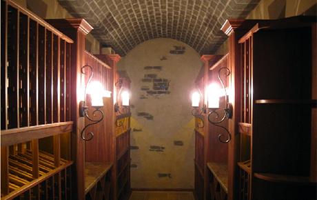 kessick-wine-cellars-custom-cellar.jpg