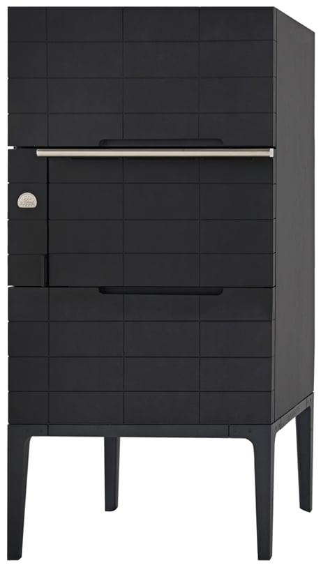la-cornue-w-by-wilmotte-built-in-oven-closed.jpg