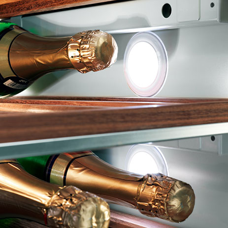 miele-wine-refrigerator-kwt1611-wine-storage-lights.jpg