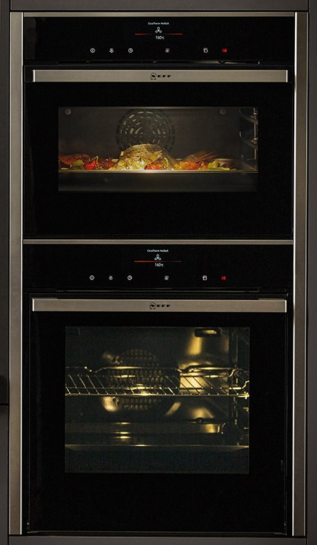 neff-black-glass-ovens-2015.jpg
