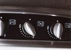neff-gas-hob-t26f1-oval-controls.JPG