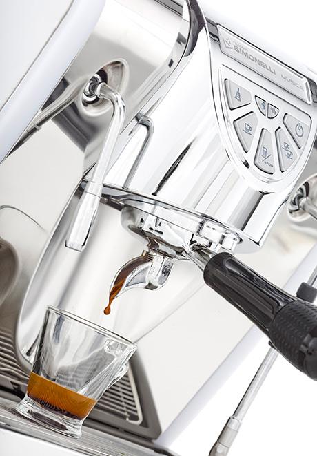 nuova-simonelli-musica-espresso-machine-one-cup.jpg