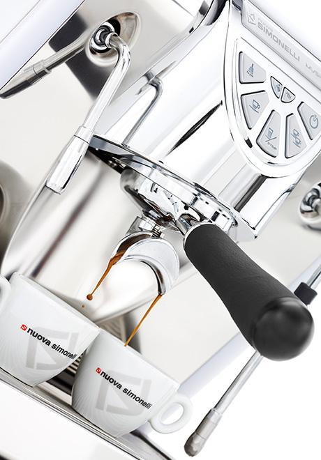 nuova-simonelli-musica-espresso-maker-two-cups.jpg