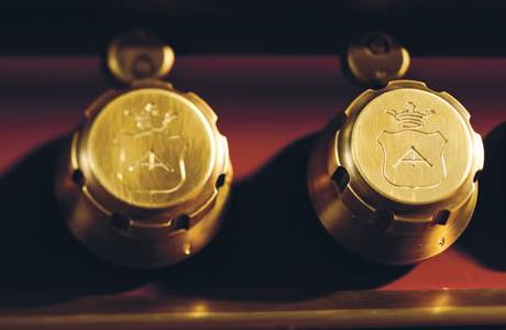 officine-gullo-home-professional-kitchen-range-knobs.jpg