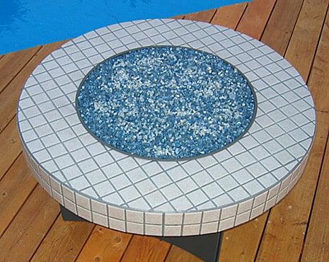 outdoor-fire-table-oriflamme-elegance.jpg