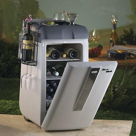 portable-wine-cooler-koolatron.jpg