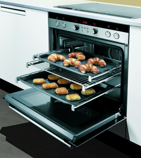 pull-out-drawer-siemens-built-in-stove.jpg