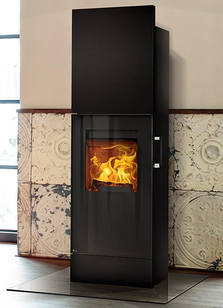 rika-kamin-impera-xl-holzofen-wood-burning-stove.jpg