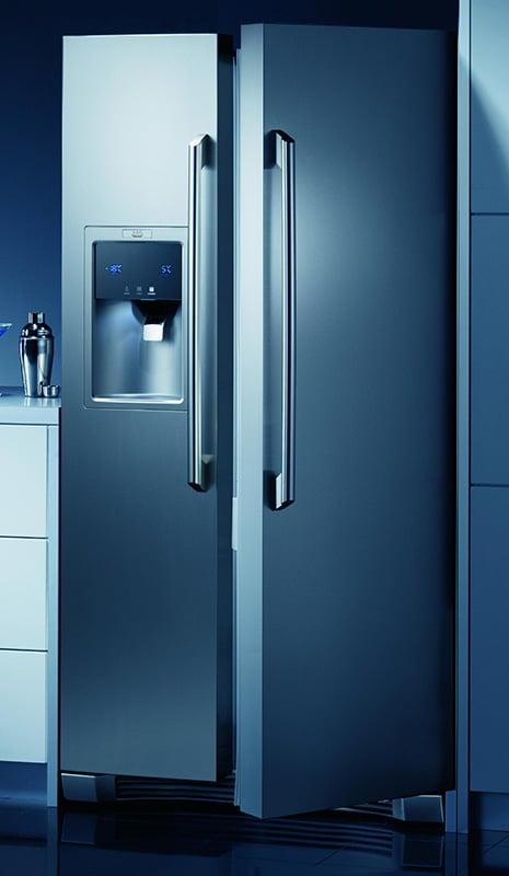 side-by-side-fridge-freezer-aeg-electrolux-s85628sk1.jpg