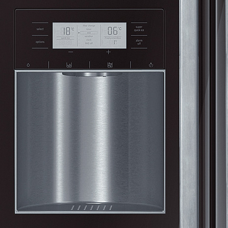 side-by-side-refrigerator-bosch-kad62s50-display.jpg