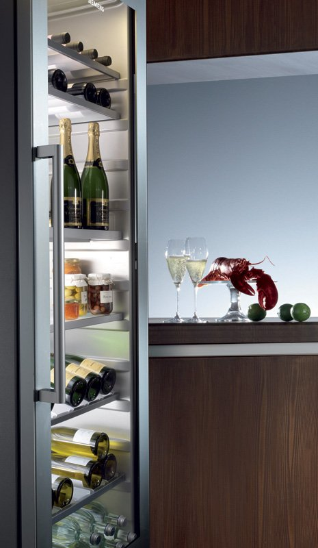 siemens-wine-tower-avantgarde-18-inches.jpg