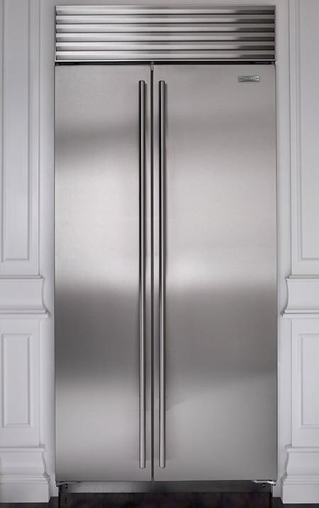 sub-zero-refrigerators-bi-36s-s-closed-tubular-handles.jpg