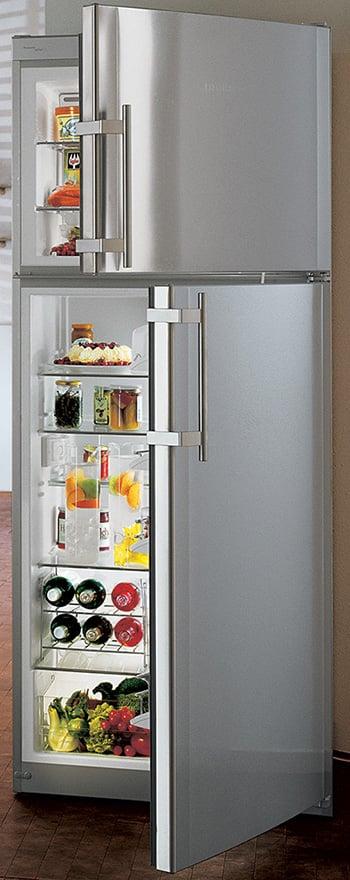 top-freezer-refrigerator-no-frost-ctnes-4753-open.jpg