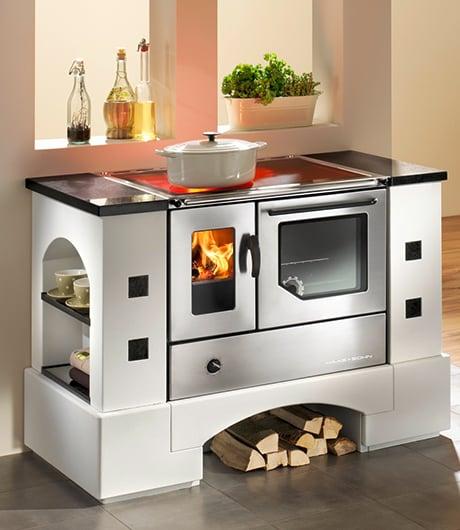 wood-burning-range-cookers-haas-sohn-planai.jpg