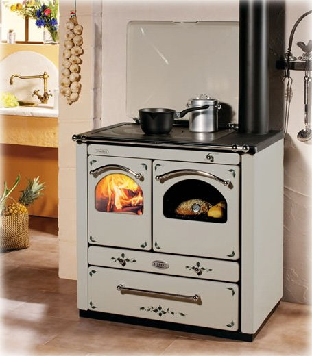 wood-burning-stoves-sideros-cucine-ambra-decorate.jpg